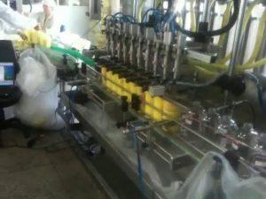 автоматическая поршневая насадка для шампуня